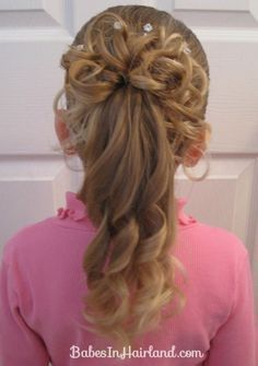 http://babesinhairland.com/hairstyles/holiday-themed-hairstyles/curls-for-christmas/