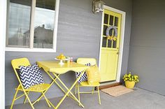 1905 Cottage Porch Makeover #DIY #BeforeandAfter @tatertotsandjello.com