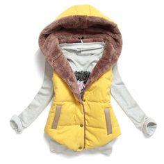 4747a39b3909 Dámská zimní prošívaná vesta bez rukávů s kapucí ŽLUTÁ – SLEVA 70% a POŠTOVNÉ  ZDARMA