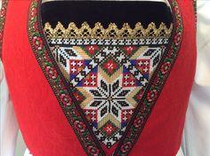 Made by Inger Johanne Wilde Scandinavian Embroidery, Loom Patterns, Loom Beading, Traditional Dresses, Norway, Vikings, Bohemian Rug, Ethnic, Beads