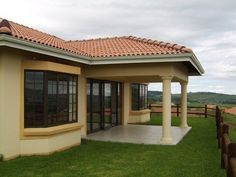 46 Properties and Homes For Sale in Howick, Howick, KwaZulu Natal Round House Plans, Tuscan House Plans, Free House Plans, House Plans With Photos, Simple House Plans, Family House Plans, Village House Design, Village Houses, Precision Agriculture