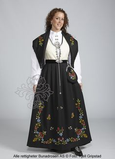 Rogalandsbunad til dame - Bunadrosen AS Frisk, Jelsa, Character Development, Norway, Doll Clothes, Victorian, Dresses, Fashion, Pictures
