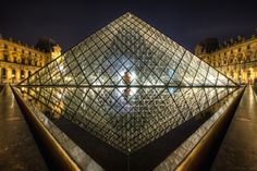 Pyramide du Luvre, TheFella Photography