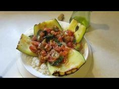 From Garden to Grill: Round Zucchini Stuffed with Heirloom Tomatoes - The Rusted Garden 2013 Great Recipes, Vegan Recipes, Favorite Recipes, Heirloom Tomatoes, Hobby Farms, Avocado Egg, Healthy Cooking, Zucchini, Grilling