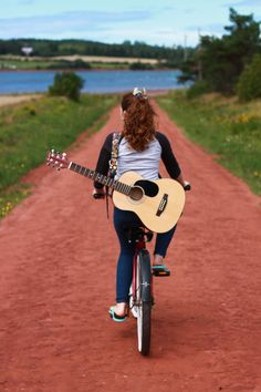 The great busker of Green Gables Location: New London, Prince Edward Island Submitted by: Keira K.