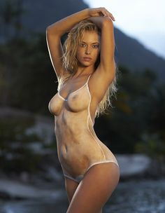 Hannah Ferguson - 2014 Sports Illustrated Swimsuit Models Wearing Nothing But Body Paint. - See more at: http://www.ifitshipitshere.com/2014-sports-illustrated-swimsuit-models-wearing-nothing-but-body-paint/#sthash.LZfL3xUn.dpuf