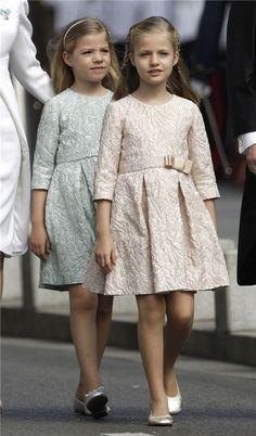 Los vestidos de las Infantas en la proclamación, al detalle