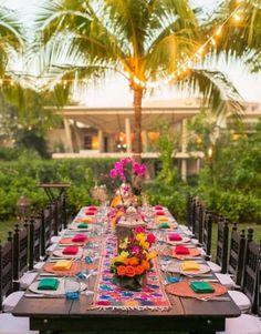Tropische Party - Cocktail dress new Wedding Guest Table, Rustic Wedding, Mexican Fiesta Party, Garden Wedding Decorations, Garden Weddings, Outdoor Weddings, Deco Table, Decoration Table, Tropical Garden