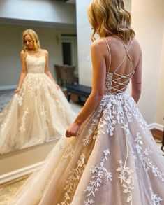 Grad Dresses Long, Military Ball Dresses, Pretty Prom Dresses, Sweet 16 Dresses, Formal Dresses For Weddings, Tulle Prom Dress, Long Wedding Dresses, Pageant Dresses, Formal Evening Dresses