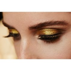 Interview Pat McGrath and the new GOLD 001 ❤ liked on Polyvore featuring makeup, backgrounds, eyes, people and gold
