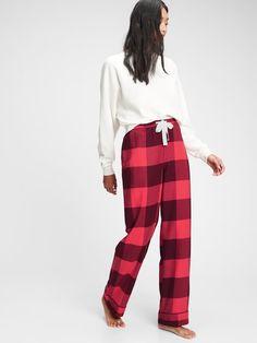 Gap Flannel Pajama Pants Christmas Pajama Pants, Flannel Pajama Pants, Holiday Pajamas, Cute Pajamas, Flannel Pajamas, Pajamas Women, Pyjamas, Women's Buffalo Plaid, Matching Pajamas