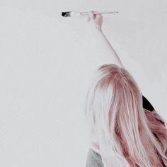 Slytherin, Alphaville Forever Young, Orange Pastel, Selena, Sea Wallpaper, My Fantasy World, Aesthetic People, White Aesthetic, Aesthetic Pastel