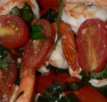Pasta With Shrimp, Grape Tomatoes And Basil: http://www.tastygalaxy.com/cook/pasta-with-shrimp-with-grape-tomatoes-and-basil/