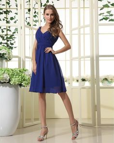 8d53de45f6f A Line V-neck   V-back Pleated Knee-length Chiffon Bridesmaid Dresses