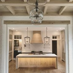 Cool And Contemporary kitchen lighting ideas for high ceilings only in dandj hom. Cool And Contemporary kitchen lighting ideas for high ceilings only in dandj home design Küchen Design, Deco Design, Home Design, Layout Design, Design Ideas, Design Inspiration, Home Decor Kitchen, New Kitchen, Home Kitchens