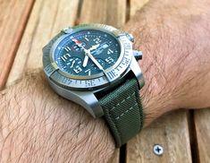Breitling Avenger Bandit Breitling Chronograph, Breitling Watches, Tic Tac, Omega Watch, Rolex, Bracelet Watch, Mens Fashion, Bracelets, Accessories