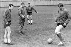 Bill Shankly supervises a training session at Melwood with Ian Callaghan, Emlyn Hughes and Roger Hunt Liverpool Football Club, Liverpool Fc, Roger Hunt, Ray Clemence, Emlyn Hughes, Gerrard Liverpool, Bill Shankly, Liverpool Legends, Memories