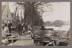 Broek in Waterland. Watersnood 1916