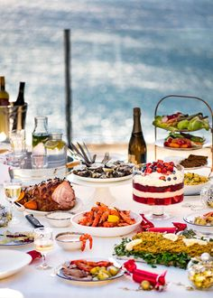 This is how we do Christmas Down Under. A great, EASY, mostly make ahead Aussie Christmas Menu. Prawns, salmon side, glazed ham - the works!