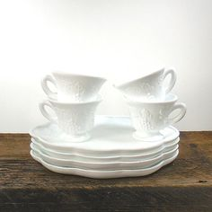 4 Milk Glass Luncheon Plates and Cups in by OldRedHenVintage