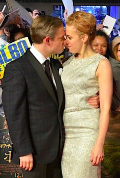 Martin Freeman slams Amanda bashers... Good for him... because clearly they are adorable together.