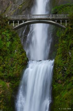 Classic Multnomah Falls Shot by A. F. Litt, via 500px.
