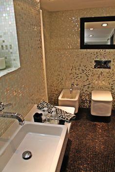 Baño con azulejos!