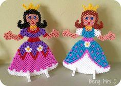 Hama Beads 3d, Hama Beads Design, Knitted Jackets Women, Princess Gifts, Craft Materials, Bead Art, Little Princess, Beading Patterns, Pixel Art