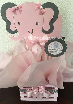 Centro de mesa Elefantito para Baby Shower por designsbyemilys