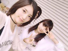 Anna Ijiri x Momoka Hayashi  https://twitter.com/ijirianna0120/status/782069273074110465