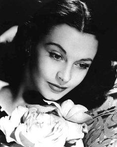 Vivian Leigh: actress, beauty, femme fatale.  source:  http://www.hartleyfamily.org.uk/images/HARTLEYvivian11.jpg