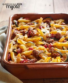 Italian Sausage Bake: Does an Italian sausage recipe with fresh veggies and pasta, and then topped with grated Parm sounds like a weeknight win to you?Then it might be time to check this out. Cheesy Recipes, Pasta Recipes, Dinner Recipes, Cooking Recipes, Velveeta Recipes, Dinner Ideas, Dinner Menu, What's Cooking, Meal Recipes