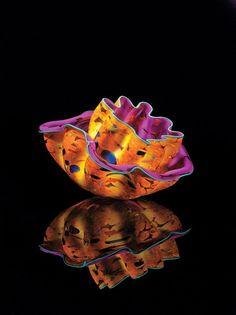 •❈•   Dale Chihuly handmade art glass vessel.  #artglassserendipity