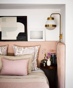 With first quarter gone, and with it giant European interior decor fairs, it's now easy to clearly define the Master Bedroom Trends 2017 Bedroom Apartment, Bedroom Decor, Apartment Therapy, Bedroom Lighting, Pink Master Bedroom, Blush Bedroom, Master Bedrooms, Girls Bedroom, Home Interior