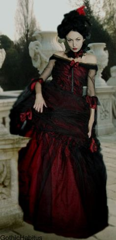 Rococo dress black red by CARACLOVIS on Etsy