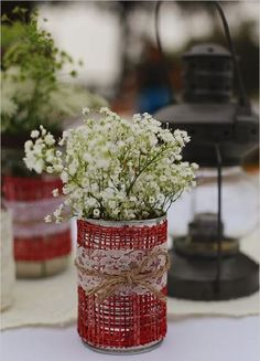 Ideas Wedding Centerpieces Rustic Lace Table Settings For 2019 Burlap Table Decorations, Rustic Wedding Centerpieces, Diy Centerpieces, Diy Wedding Decorations, Decoration Table, Jute, Wedding Table Flowers, Lace Table, Tin Cans