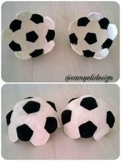 Fotodaki miniğimin elleri :) Futbol topundan biraz küçük oldu. Artık evdeki eşyalara zarar vermeden top oynayabilecek.. Örmesi ço...