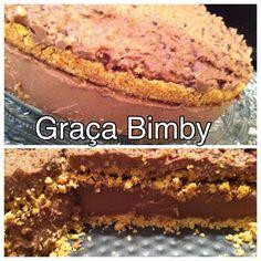 Cheesacake de Ferrero Rocher   As minhas sinceras desculpas aos diabéticos, as pessoas em dieta, aos alérgicos ao chocolate... Mas este che...