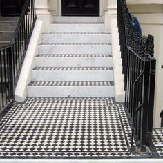 London Mosaic - Black and White Tiles for Georgian Town House Victorian Front Garden, Victorian Hallway, Victorian Tiles, Black And White Hallway, Black And White Tiles, Black White, Exterior Tiles, Exterior Stairs, Tiles London