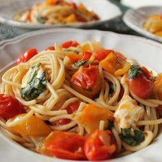 Spaghetti with Cherry Tomato Sauce, Mozzarella and Basil Recipe