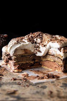 Coffee and Fudge Ice Cream Cake: 3 layers of ice cream...chocolate, coffee, and vanilla...then layered with graham crackers and fudge sauce! Fudge Ice Cream, Ice Cream Treats, Ice Cream Desserts, Frozen Desserts, Ice Cream Recipes, Fun Desserts, Delicious Desserts, Frozen Treats, Coffee Ice Cream Cake Recipe