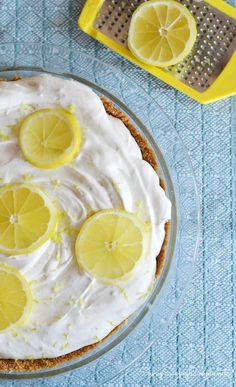 "Celebrating #Pyrex100 with ""Easy As Pie"" No-Bake Lemon Cream Pie Dessert #ad"