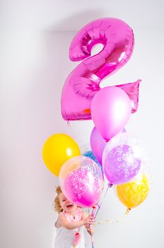 2nd birthday photoshoot with balloons! // Tabulous Photography