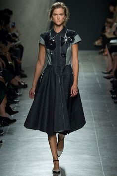 See the complete Bottega Veneta Spring 2015 Ready-to-Wear collection.