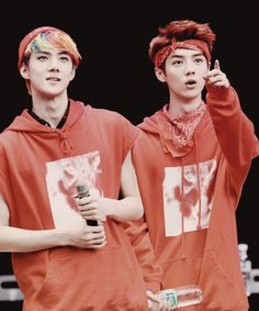 SEHUN and LUHAN ♡ #EXO #HUNHAN BROMANCE THEYRE THE CUTEST I LOVE THEYRE BROMANCE