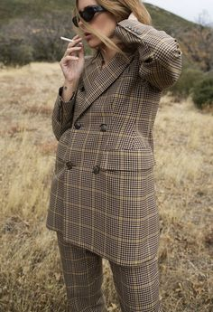 """fashiion-gone-rouge: """"http://nativefox.com/2016/11/houndstooth.html """""""
