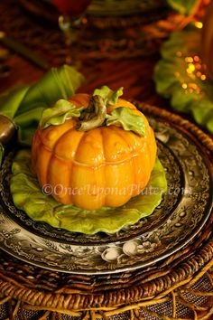 table.quenalbertini: Happy Thanksgiving Tablescape | OUAP
