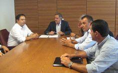 Συνάντηση του Πάρι Κουκουλόπουλου με τον δήμαρχο Βέροιας και με αντιπροσωπεία ροδακινοπαραγωγών Ημαθίας