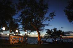 Sunset glow: Makena Maui, Sugarman Estate Wedding reception