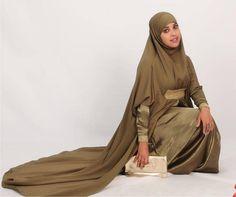Lovely dress w/ khimar (Muna K designs)